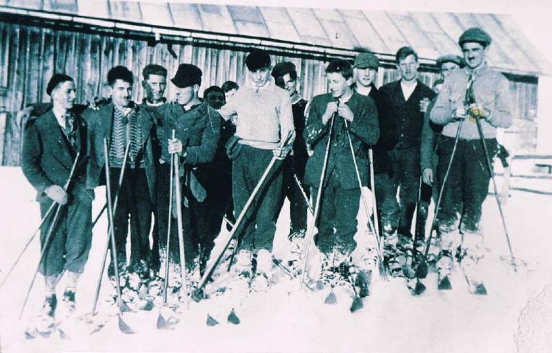 Gruppenfoto Skiclub-1