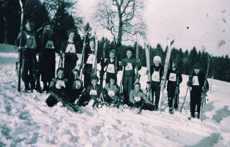 Gruppenfoto Skiclub-2